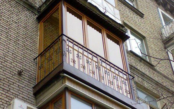 Как выполняется остекление балкона